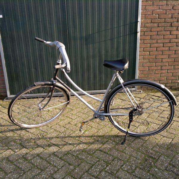 gekke fiets achteruittrap verhuur Rhenen springkussen huren Veenendaal te huur Bennekom